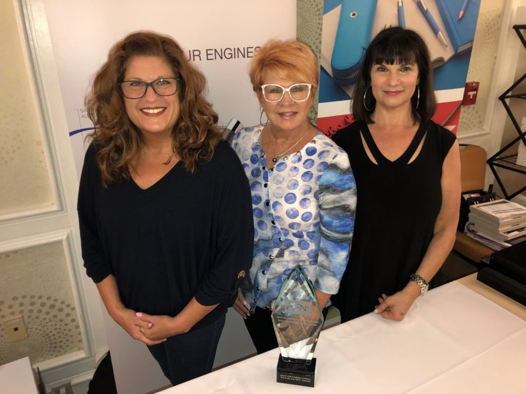 Pen World : Rachel Lee, Sheila Hopkins, and Beth Epstein of Graf von Faber-Castell with that brand's 2019 RCA award.