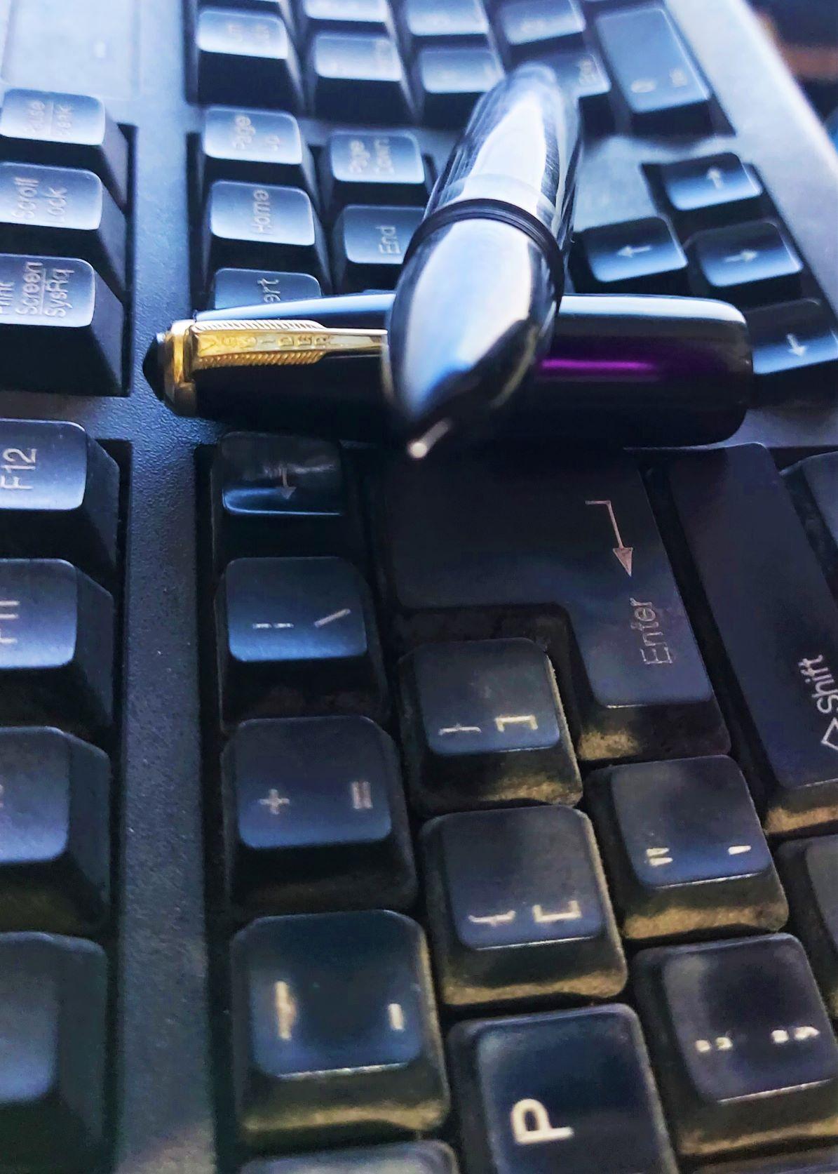Heavy vs Light pens,